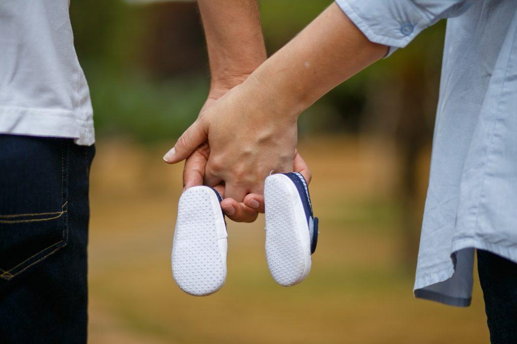 son, pregnant woman, shoe